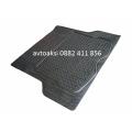 Универсална гумена стелка за багажник размер 140/108см